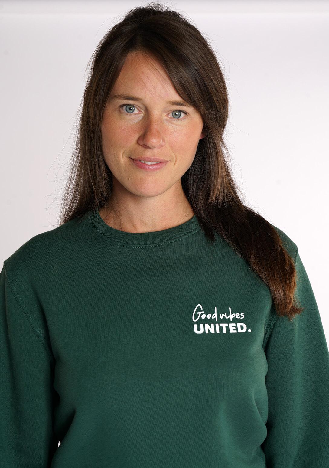 Good Vibes united twinning sweater van Mangos on Monday