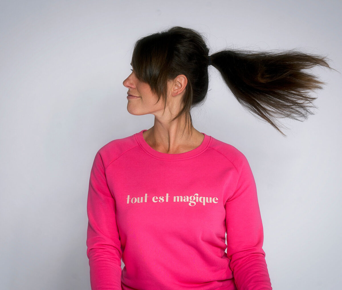 tout est magique - sweater by Mangos on Monday