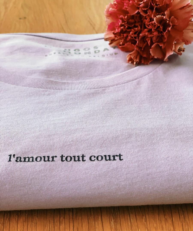 l'amour tout court t-shirt by Mangos on Monday