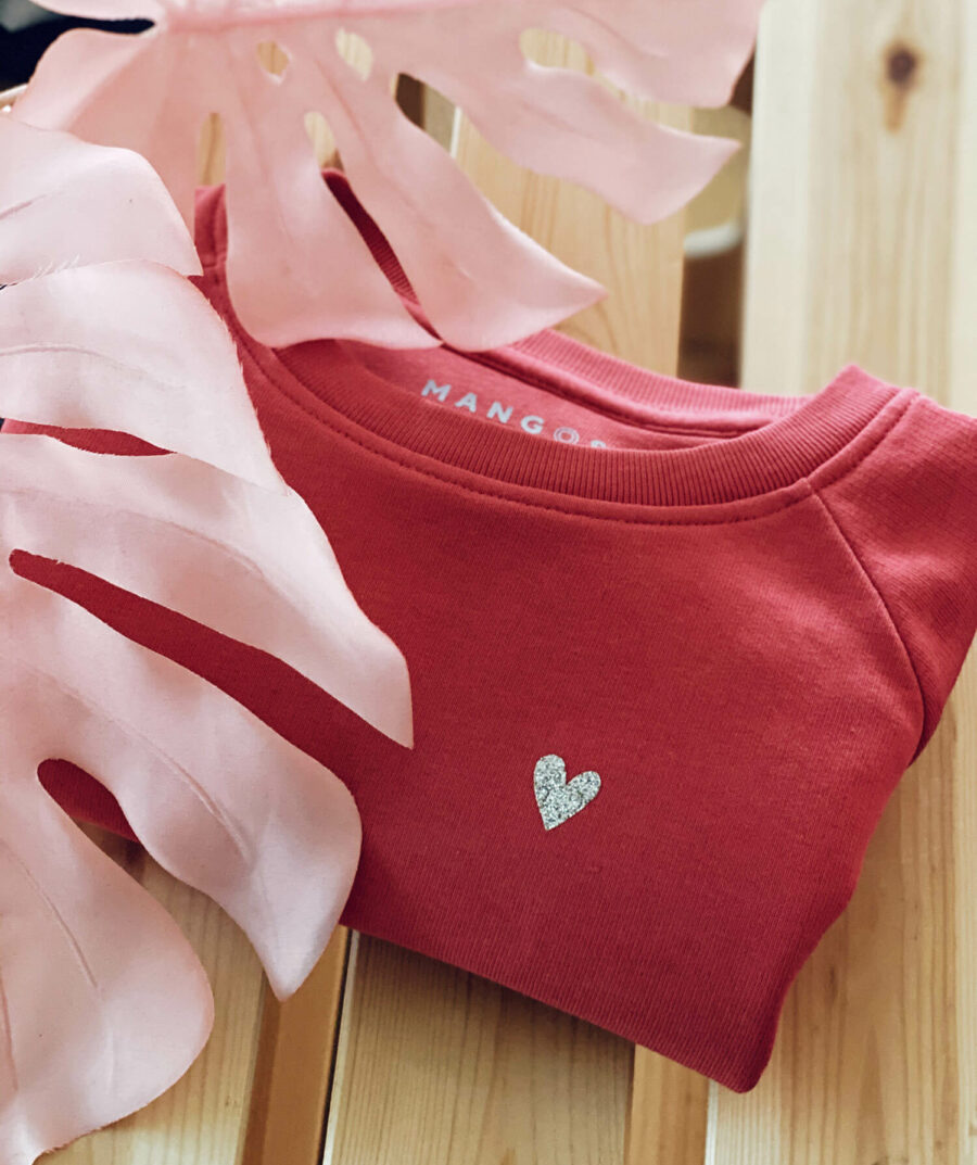Love sweater for kids by Mangos on Monday